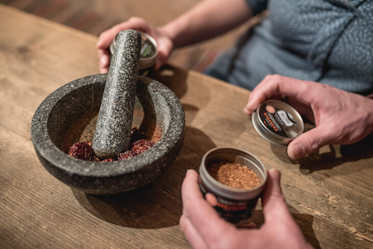 himmeblau-Blog-Paprika-Chili-Mörser