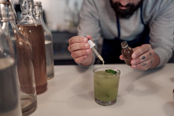 himmeblau-Blog-Alpentrunk-Cocktail-Zubereitung