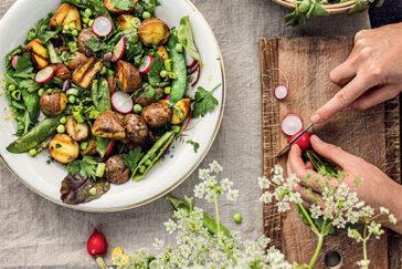 himmeblau-Blog-Farmmade-Kartoffelsalat-mit-Radieschengrün-Pesto