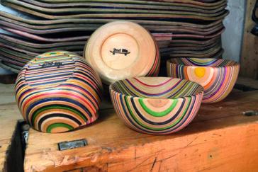 himmeblau-Blog-Schüsseln-aus-Skateboard