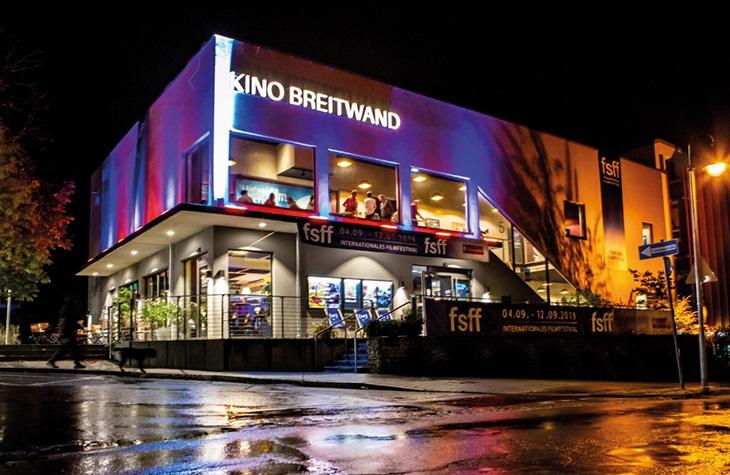 himmeblau-Blog-Breitwand-Kino